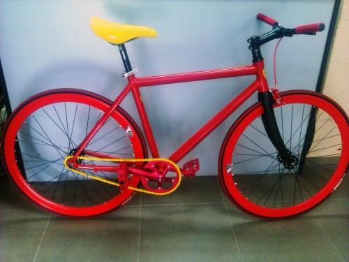 Fixie: Sin frenos, sin marchas, solo tus piernas y tu bicicleta