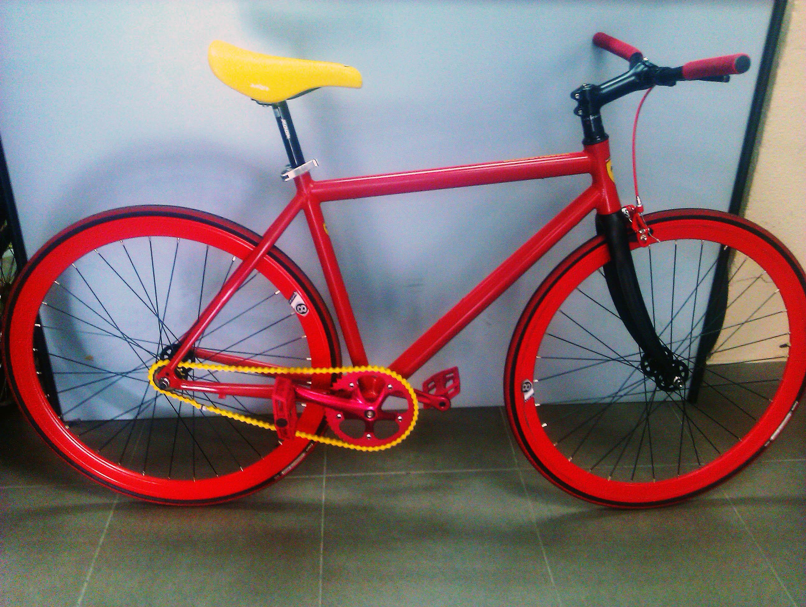 Fixie: Sin frenos, sin marchas, solo tus piernas y tu bicicleta ...